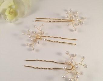 Hair pin, pearls hair pin, bridal headpiece, bridal hair pin, pearls, gold hair pin, hair accessories, bridal hair accessories