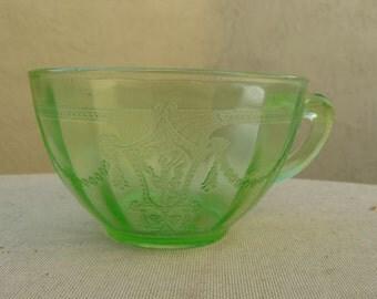 Cameo Ballerina Cup - Vintage Green Vaseline Uranium Glass