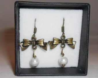 bronze vintage pearl bow earrings pearl