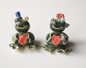 Frog Cake Topper, Ceramic Frog, Wedding Cake Topper, Love Frog, Cake Topper by Her Moments
