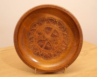 Vintage Wooden Plate / Bowl / tray / dish / wall hanging|| floral design