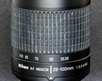 Nikon Nikkor AF 28-100mm f/3.5-5.6 G Standard Zoom Lens Digital Film 35mm Nice !