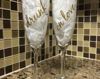Vinyl Decals for Champagne Glasses, Wedding glasses, Mr. and Mrs Sticker, Drunk on Love decal, Set of 4, drunk in love