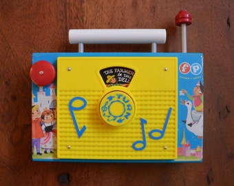 Vintage Fisher Price Radio Windup Toy - circa 1971, plays Farmer in the Dell, works beautifully