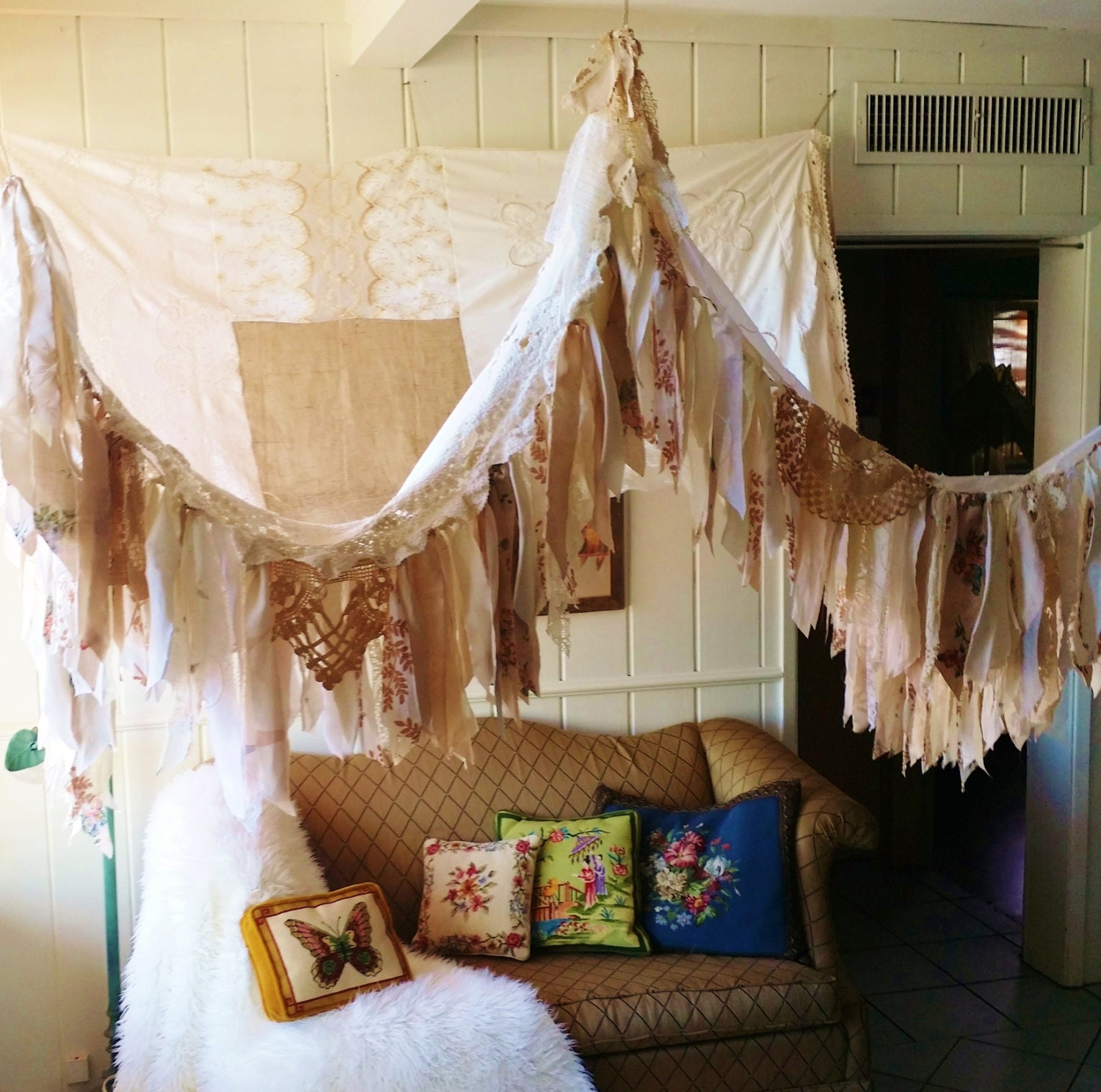 Shabby Chic Boho Bedroom: Shabby Chic Rustic Bed Canopy Boho Wedding Bohemian Hippy Vtg