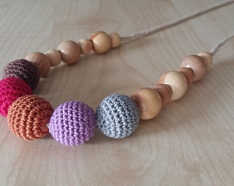 Nursing necklace.Teething necklace.Crochet necklace.Juniper.Breastfeeding necklace.