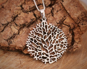 Sterling Silver Tree Leaf Skeleton Pendant Necklace, Birthday/Seasonal Gift For Mothers Comes with Gift Box