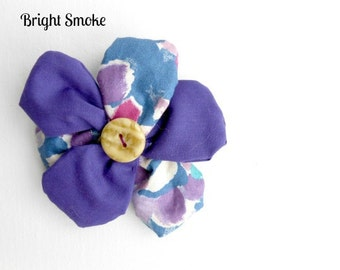 Floral fabric brooch with button centre and pin back. (FB7)