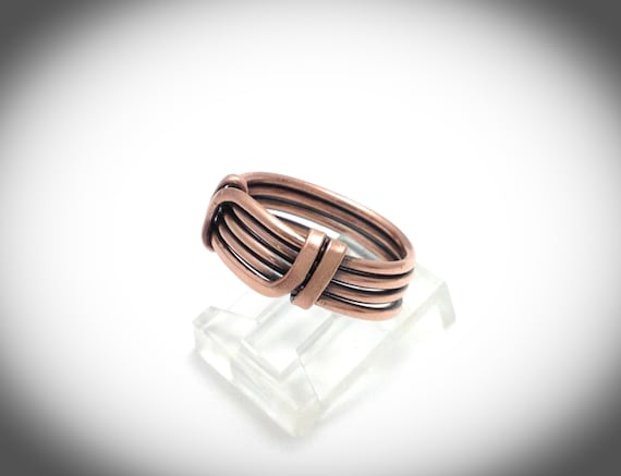 Ajustable antiqued copper wire wrapped ring band