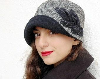 Black and white hat,1920s Hat,Cloche tweed herringbone hat,Hat with large brim,Bucket hat
