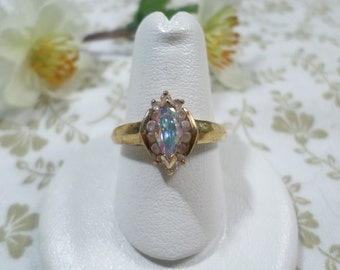 Vintage Gold Tone Ring Size 8.5 With AB And Pink Rhinestone DL# 7919