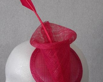 Pretty Fuschia Pink Lily Fascinator