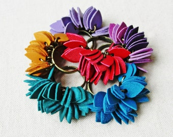 Rings leather petals