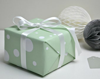 Mint Spotty Recycled Wrapping Paper Set