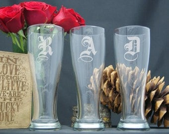Personalized Beer Glasses  / Monogram Glasses / Etched Pilsner Glass / Custom Engraved / Groomsman Gift / Select ANY QUANTITY - 16 Designs
