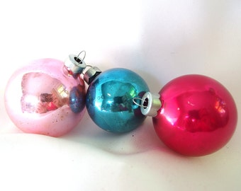 Vintage Pink and Blue USA Plain Christmas Ornaments