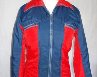 25% Off Summer Sale Vintage ski jacket 70s red navy anorak rain coat ski jacket size medium