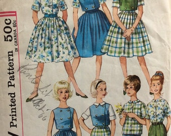 CLEARANCE!!  Simplicity 4540 girls skirt, blouse, top and pants size 10 vintage 1960's sewing pattern