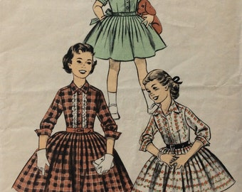 Advance 8023 girls shirtwaist dress size 10 vintage 1950's sewing pattern