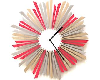 Horloge murale en bois - The Star (L'étoile)