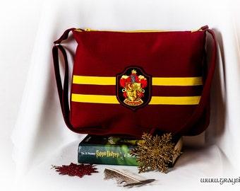 Harry Potter Crossbody Shoulder Bag With Zipper - Gryffindor, Slytherin, Ravenclaw, Hufflepuff