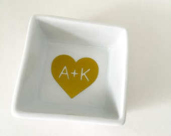 Small Perosnalized Ring Dish - Monogram Jewelry Dish - Ring Holder- catch all dish