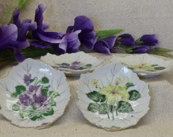 Vintage China Trinket Leaf Shaped Dishes (4),Bon Bon Dish,Viceroy China,Yellow Hibiscus,Purple Violets,Trimmed in Gold,,#VB7156