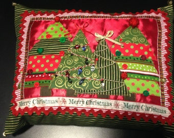 Christmas pillow, hand-crafted, Christmas trees, red & green