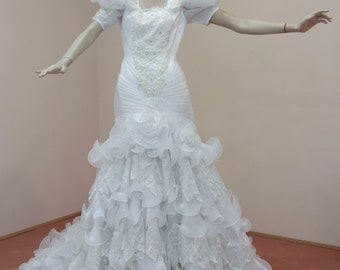Mermaid Wedding Dress 80s. Frilly Tiered lace organza Skirt