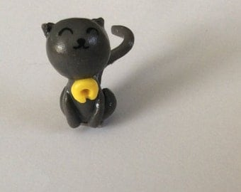 Grey kitty cat figure