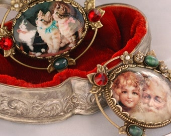 Vintage Christmas Pin, Santa Pin, Cat Pin, Cat Brooch, Pin, Brooch, Dog Pin, Dog Brooch, Christmas Pin, Christmas Brooch, Christmas P330