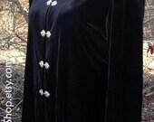 BLACK VELVET TUNIC Top Jacket, Gold/Brass Metal Closures, Vintage Designer, Long Sleeves, Mandarin Collar, Holiday Gothic Boho Elegant Retro