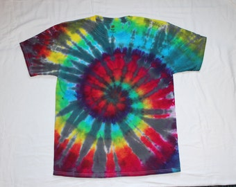 """Tie Dye Rainbow """"Touch of Grey"""" Spiral Short Sleeve T Shirt Size Large"""