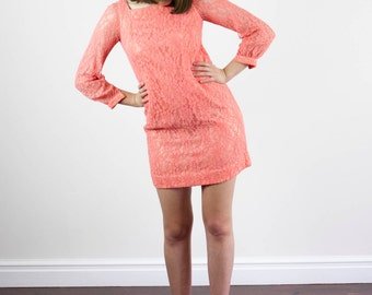 Vintage 1960s Mod Lace Mini Dress / Coral Lace / Shift / XS/S