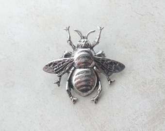 Large Bee Brooch Antique Silver Bee Tie Tack Silver Bee Lapel Pin Bumble Bee Pin Woodland Wedding Accesorios Bee Jewelry