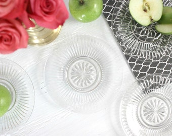Vintage Pressed Glass Plates - Set of 4 Glass Plates With Beautiful Pattern