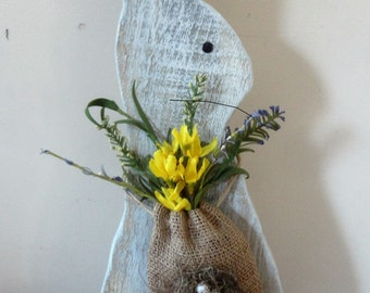 Rustic Easter Bunny/ Wooden Bunny/ Rustic Spring decor/ Painted Rabbit/Prim Spring decor
