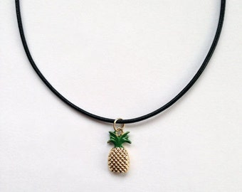 Gold Pineapple Fruit Necklace - 90s Grunge / Festival Style