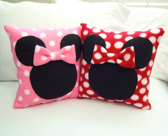 Minnie Mouse Fleece Throw Pillow with Bow Disney