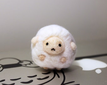 Cute Kawaii Needle Felted Sheep Plush, Keychain, Christmas Ornament, Christmas Gift, Accessory, Doll