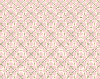 QUILTING COTTON FABRIC Blend Rosette Lattice in Pink. Sold by the 1/2 yard