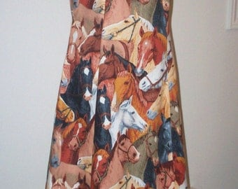 SALE // Sleeveless Dress // Small // Horse Head Print // Early 70's Style