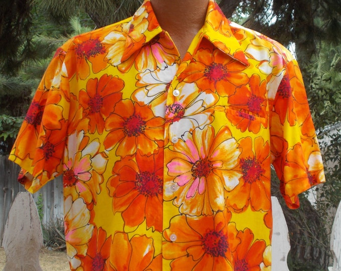 1960s Mark Christopher Hawaiian Tiki Neon Floral Aloha Bright Orange Cotton Flower Power Button Short Sleeve Hawaiian Men's Shirt Size