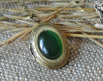 Locket pendant with green cat eye stone, vintage style pendant, boho style pendant