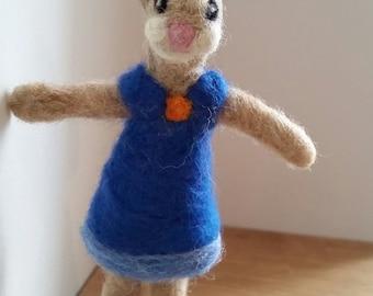 Needle felted bunny, Needle felted Rabbit, Easter bunny, felted animal