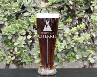 Groomsman Gift, Personalized Beer Glasses, Personalized Glass, Custom Engraved Beer Glasses, Engraved Pilsner Glasses, Gifts for Groomsmen