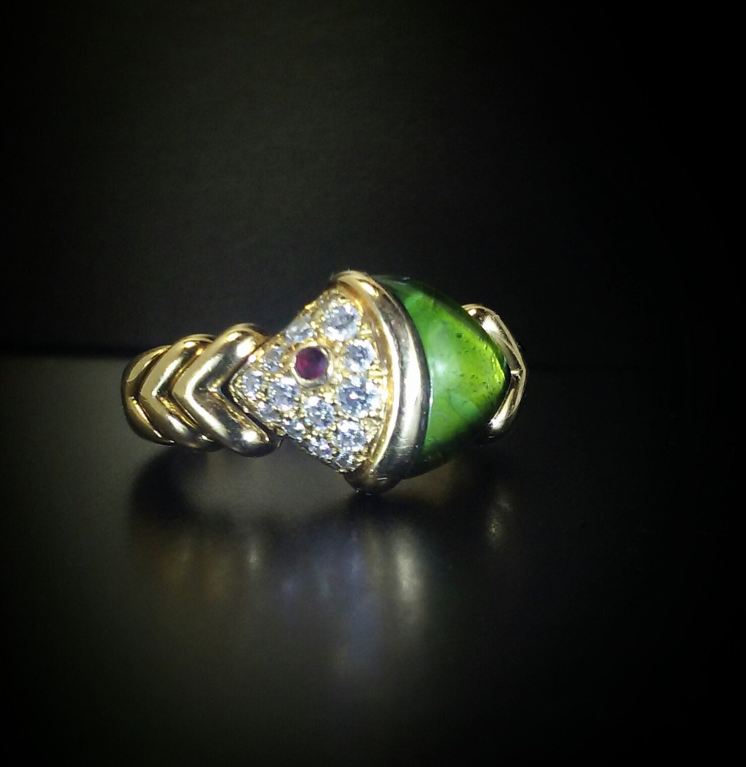 details this is an exquisite authentic signed bulgari designer naturalia fish ring
