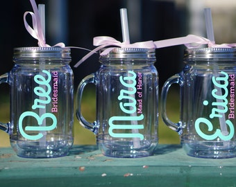 Set of 6 Bridesmaid Gifts - 18 oz Mason Jar / Wedding Tumblers / Bridesmaid Tumbler / Personalized Gift / Wedding Party Cup / Tumbler Cup
