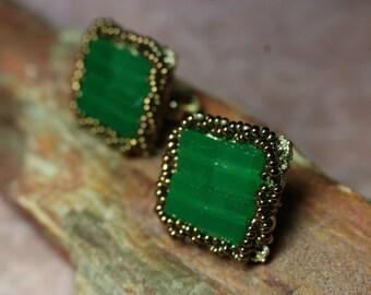STUNNING VENDOME EARRINGS, Green, Vintage, Screw-Back Clip Earrings