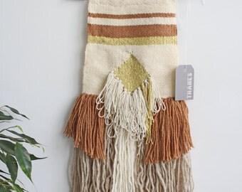 Light gold weaving